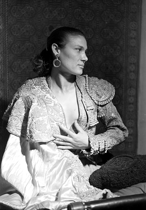 Rosario Amaya, <em>ca.</em> 1954