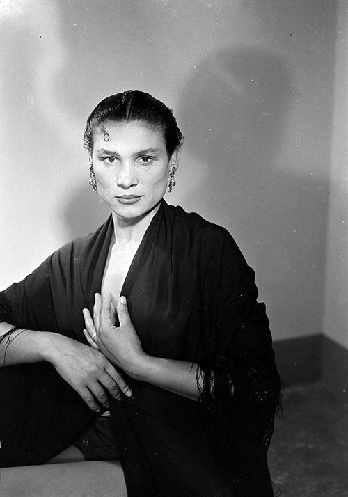 Rosario Amaya, <em>ca.</em> 1957