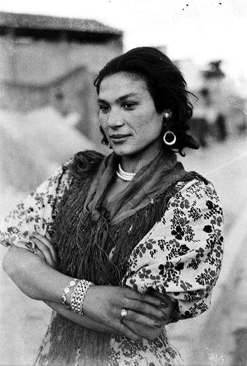 Rosario Amaya, 1952