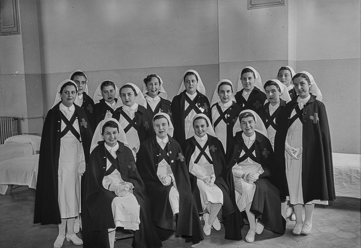 Alberg Valldonzella. Barcelona, abril 1954