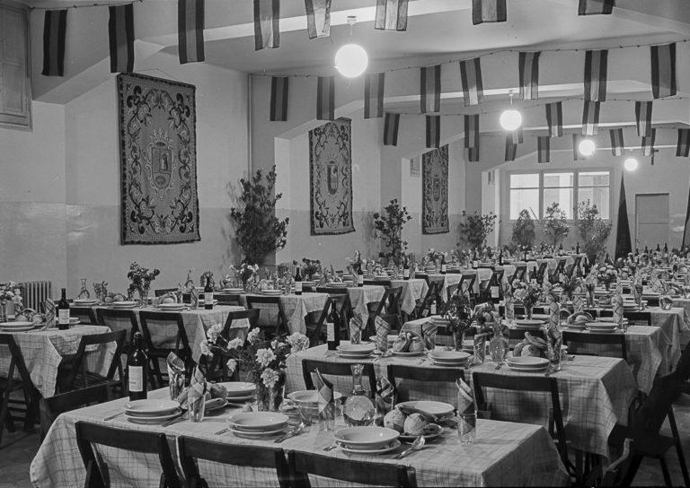 Albergue Valldonzella. Barcelona, abril 1954