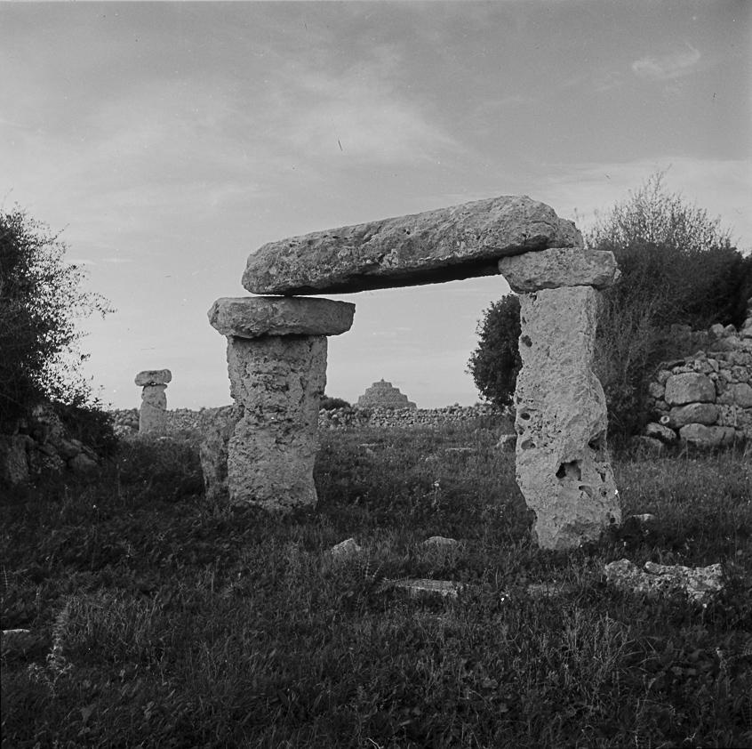 Poblat talaiòtic a Son Saura. Menorca, ca. 1960