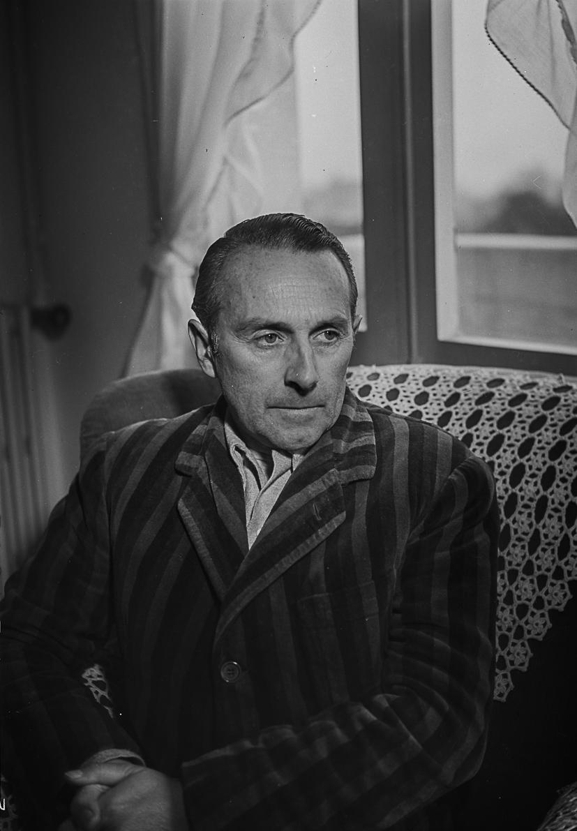 Noel Clarasó. Lloc desconegut, 1954