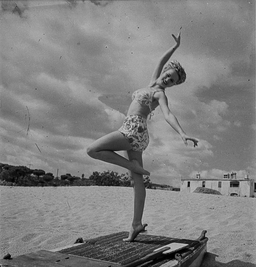 Vicki Ross (1949-1951)